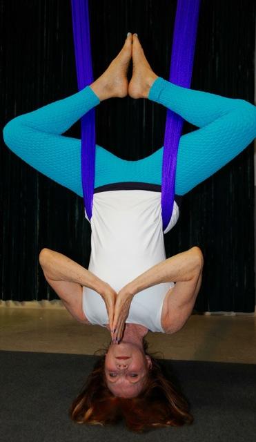 mimi upside down